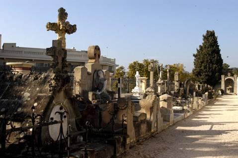 Modernist cemetery - 23584-DSC_0655.jpg