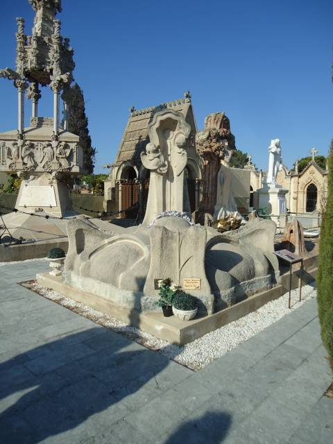 Visita teatralitzada. Cementiri d'ànimes