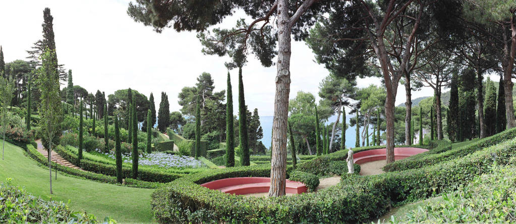 Perdus dans les jardins de Santa Clotilde!